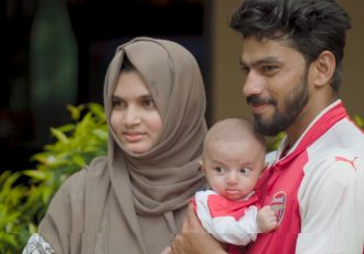 Arsenal fan in Kerala names son after Mesut Özil (Photo courtesy: Screenshot - Arsenal TV)