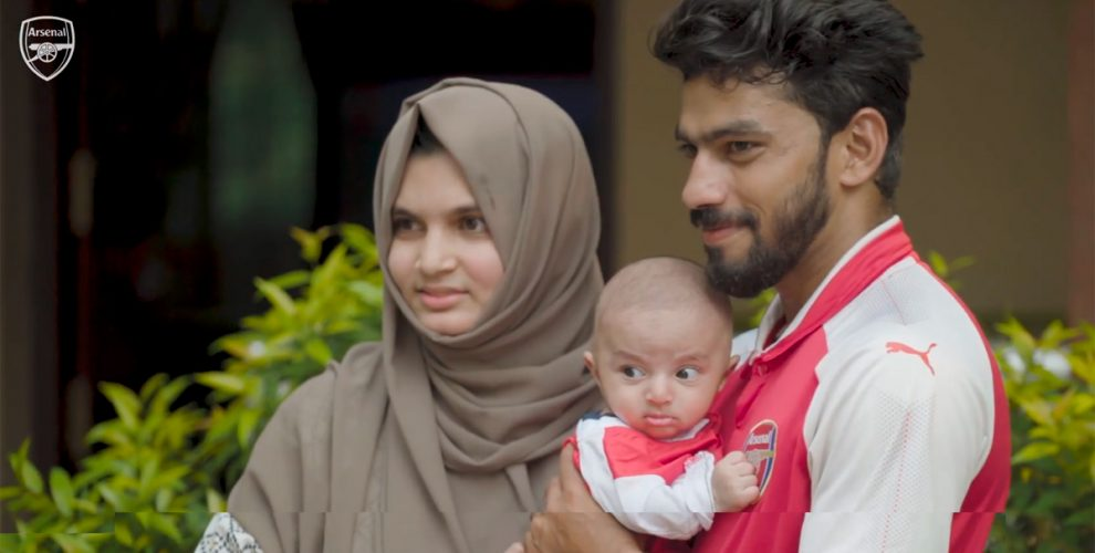 Arsenal fan in Kerala names son after Mesut Özil (Photo courtesy: Screenshot - Arsenal TV)