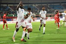 Mohun Bagan AC's Dipanda Dicka celebrating his goal against Churchill Brothers SC in the Hero Super Cup 2018 on April 1, 2018. (Photo courtesy: AIFF Media)