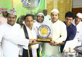 Mohammedan Sporting Club confer Manas Bhattacharya with Shan-e-Mohammedan. (Photo courtesy: Mohammedan Sporting Club)