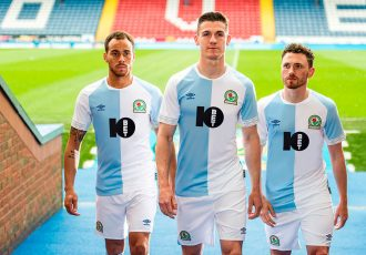 10Bet signs shirt sponsorship deal with Blackburn Rovers FC. (Photo courtesy: 10Bet)