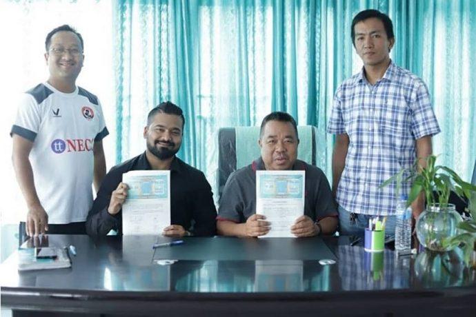 Aizawl FC extend kit partnership with Vamos for 2018/19 season. (Photo courtesy: Aizawl FC)