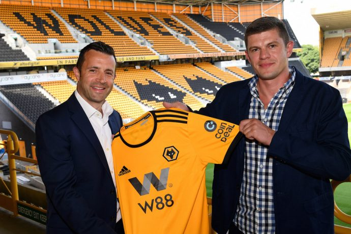 Laurie Dalrymple, Managing Director, Wolverhampton Wanderers FC (left) and Kajetan Mackowiak, Co-founder, CoinDeal (right). (PRNewsfoto/CoinDeal)