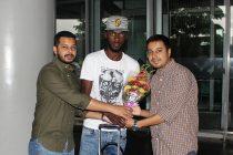 Bazie Armand arrives in Kolkata to join Mohammedan Sporting Club. (Photo courtesy: Mohammedan Sporting Club)