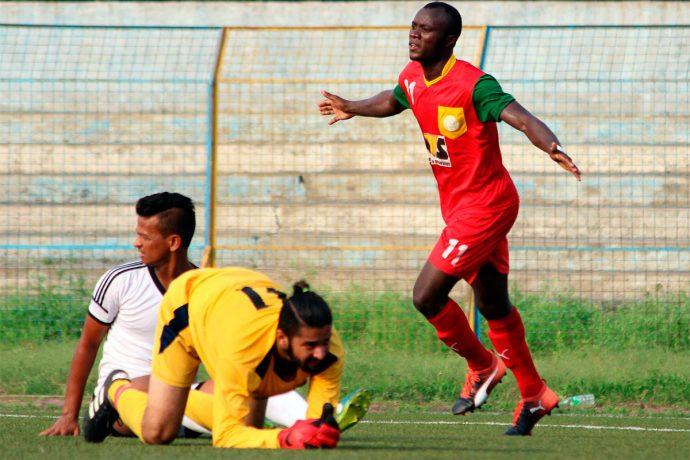 Mohammedan Sporting Club sign Nigerian striker Princewill Emeka Olariche. (Photo courtesy: Mohammedan Sporting Club)