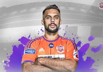 FC Pune City sign India striker Robin Singh (Photo courtesy: FC Pune Citty))