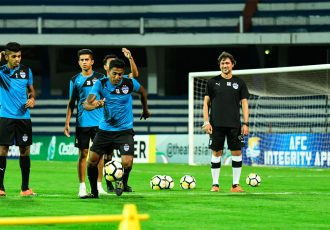 Bengaluru FC defender Rino Anto trains at the Sree Kanteerava Stadium on the eve of the AFC Cup Inter-Zone semifinal clash against Alty Asyr FK. (Photo courtesy: Bengaluru FC)