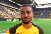 Borussia Dortmund's Jeremy Toljan sends out greetings to fans in India (© arunfoot / CPD Football)
