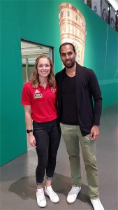 Germany's track and field starlet Gina Lückenkemper and Chris Punnakkattu Daniel (CPD Football) at the Deutsches Fußballmuseum in Dortmund. (© CPD Football)