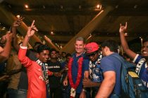 Chennaiyin FC welcomed by fans on return to Chennai after pre-season. (Photo courtesy: Chennaiyin FC)