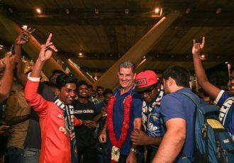 Chennaiyin FC welcomed by fans on return to Chennai after pre-season. (Photo courtesy: Chennaiyin FC)