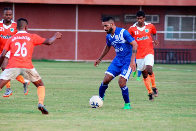 2018 AWES Cup semi-final match action between defending champions Dempo SC and Sporting Clube de Goa. (Photo courtesy: AWES)