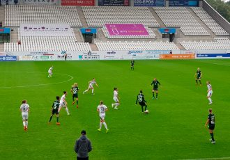 Match action during the Women's Bundesliga (Allianz Frauen-Bundesliga) match SGS Essen vs VfL Wolfsburg at the Stadion Essen. (© CPD Football)