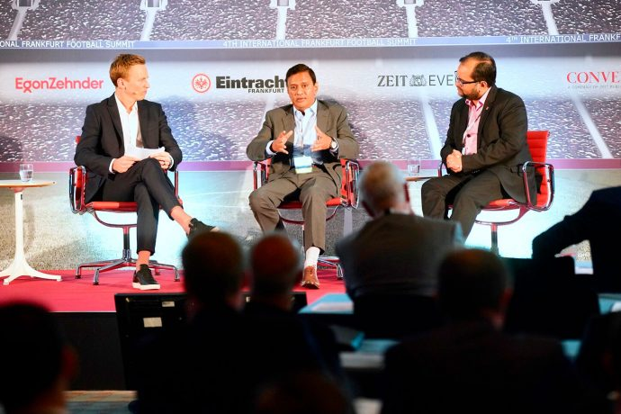 AIFF General Secretary Kushal Das and football consultant Arunava Chaudhuri alongside host Jochen Breyer during the Indian football panel discussion at the 4th International Frankfurt Football Summit 2018. (Photo courtesy: Andreas Henn / Die Zeit)