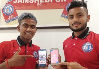 Gourav Mukhi and Mobashir Rahman present the official Jamshedpur FC app for fans. (Photo courtesy: Jamshedpur FC)