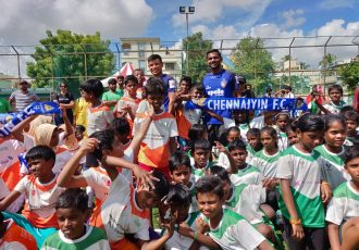 Chennaiyin FC players Thoi Singh and Francisco Fernandes inaugurate the Just For Kicks league for children. (Photo courtesy: Chennaiyin FC)