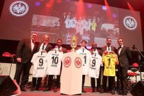 Eintracht Frankfurt board members Axel Hellmann (left) and Fredi Bobic (right) with new brand ambassadors Jan-Aage Fjörtoft, Augustine 'Jay-Jay' Okocha, Cha Bum-kun, Anthony Yeboah and Oka Nikolov. (Photo courtesy: Eintracht Frankfurt)