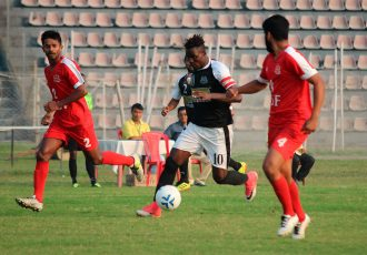 Mohammedan Sporting Club's Philip Adjah Tetteh in action against BSF Jalandhar in the Bordloi Trophy 2018. (Photo courtesy: Mohammedan Sporting Club)