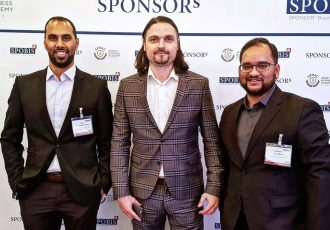 Chris Punnakkattu Daniel, Lutz Pfannenstiel and Arunava Chaudhuri at the SpoBis in Düsseldorf. (© CPD Football)