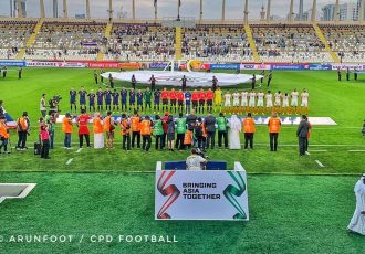 The national teams of Thailand and India moments before their AFC Asian Cup UAE 2019 Group A match at the Al Nahyan Stadium in Abu Dhabi. (© arunfoot / CPD Football)