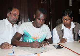 Mohammedan Sporting's new striker Desmos Arthur Kouassi at the IFA Office. (Photo courtesy: Mohammedan Sporting Club)