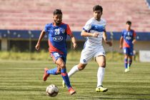 Bengaluru FC B defender Asheer Akhtar in action against LoneStar Kashmir in the Hero 2nd Division League at the Bengaluru Football Stadium, on Friday. (Photo courtesy: Bengaluru FC)