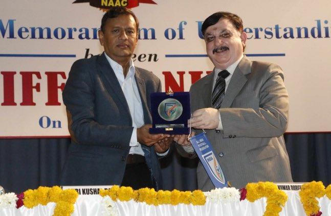 AIFF General Secretary Kushal Das and LNIPE Vice Chancellor Prof. Dilip Kumar Dureha. (Photo courtesy: AIFF Media)