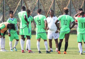 Mohammedan Sporting Club Technical Director Raghunath Nandy with his players during a training session. (Photo courtesy: Mohammedan Sporting Club)