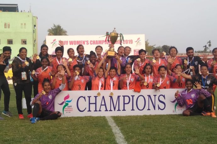 The Indian Women's national team celebrating the SAFF Women's Championship 2019 title after their 3-1 win against Nepal in the final. (Photo courtesy: AIFF Media)