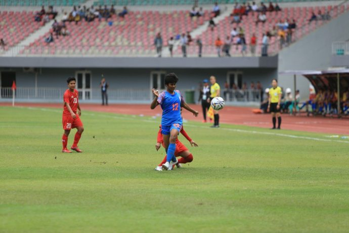 Indian Women's national team player Indumathi Kathiresan in action against Myanmar in a 2020 AFC Women's Olympic Qualifying Tournament Round 2 qualifier. (Photo courtesy: AIFF Media)