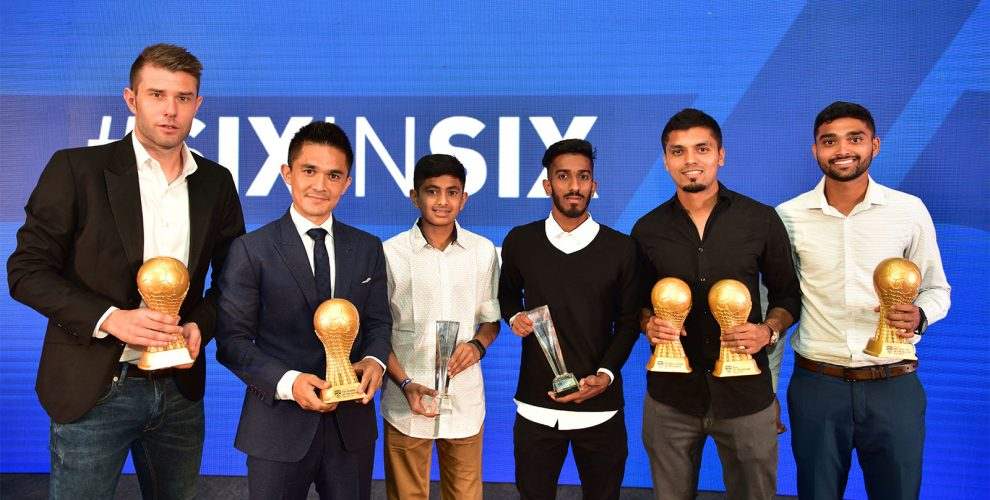 Juanan Gonzalez, Sunil Chhetri, Gautam Rajesh, Amay Morajkar, Rahul Bheke and Parag Shrivas, winners of the Individual Awards at the 2018-19 BFC Annual Awards Night. (Photo courtesy: Bengaluru FC)
