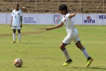 Gujarat's Drishti Pant in action at the Junior Girls' National Football Championship. (Photo courtesy: AIFF Media)