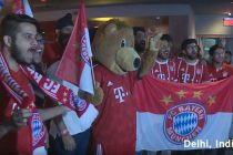 FC Bayern Munich fans cheering for their stars at a fan event in Delhi. (Photo courtesy: Screenshot - DW Kick off!)