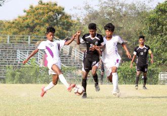 Hero Junior League match action between Mohammedan Sporting Club U-15 and United SC U-15. (Photo courtesy: Mohammedan Sporting Club)