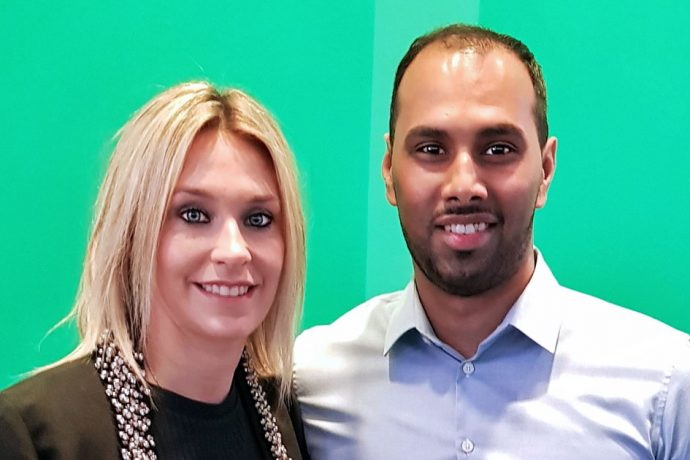 Germany Women's national team star Lena Goessling (VfL Wolfsburg) and Chris Punnakkattu Daniel (CPD Football) at the sidelines of the DFB-Pokal draw at the Deutsches Fußballmuseum in Dortmund. (© CPD Football)