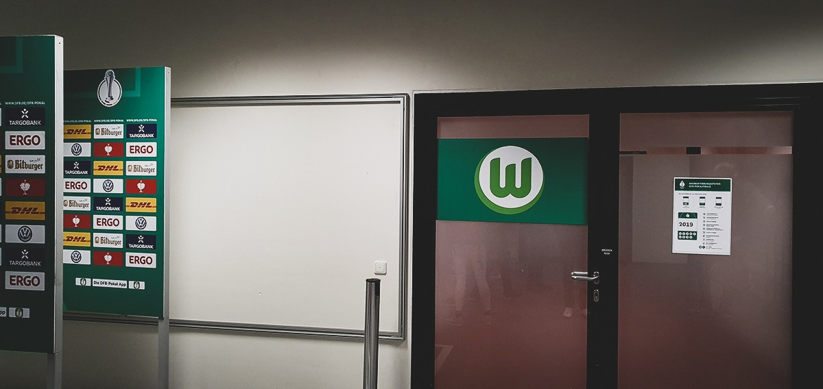 VfL Wolfsburg Ladies dressing room before the DFB-Pokal der Frauen (German Women's Cup) final. (© CPD Football)
