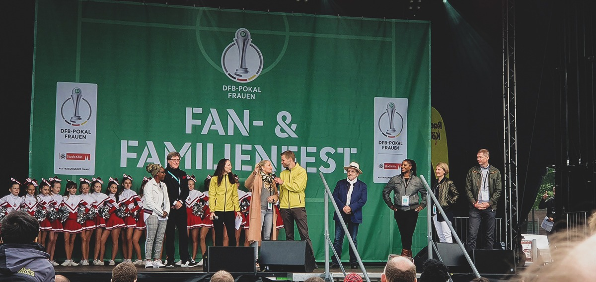 Fan fest ahead of the DFB-Pokal der Frauen (German Women's Cup) final. (© CPD Football)