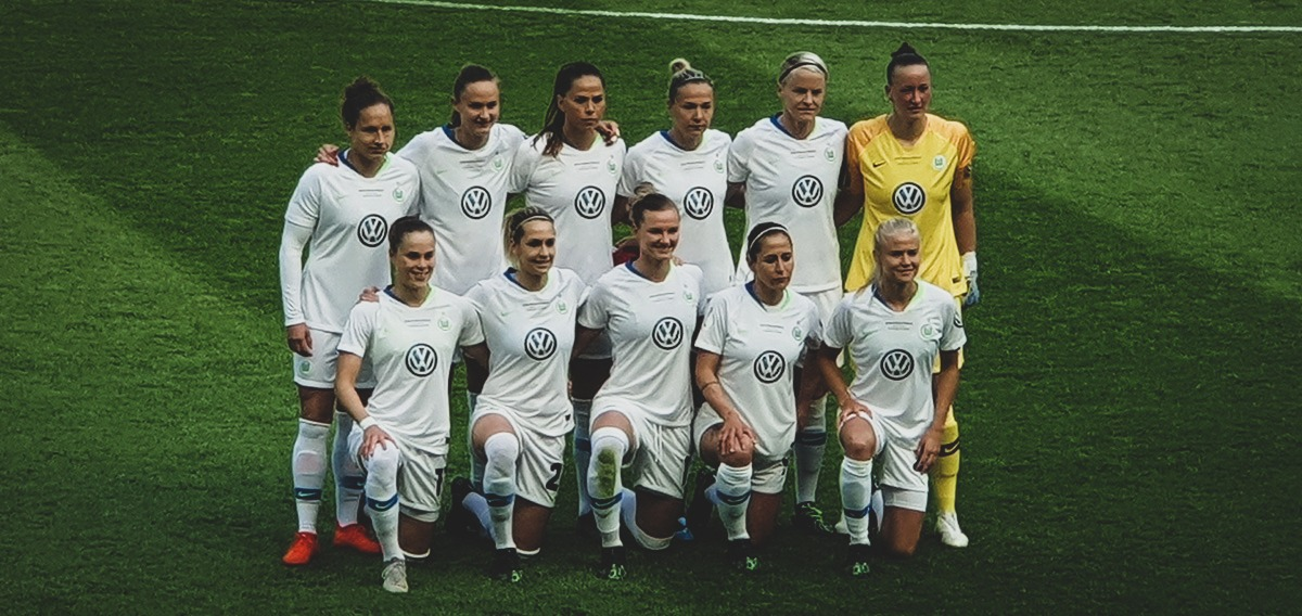 VfL Wolfsburg starting eleven for the DFB-Pokal der Frauen (German Women's Cup). (© CPD Football)
