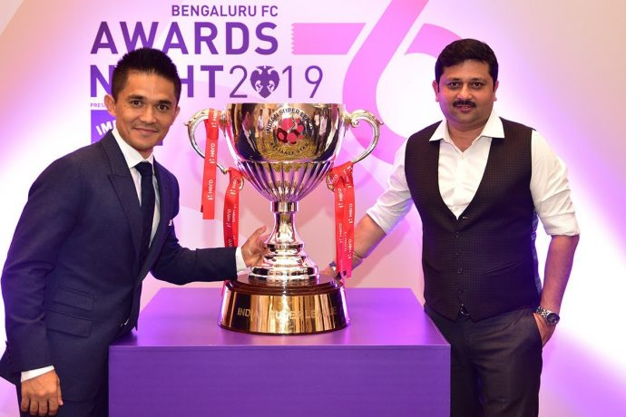 Bengaluru FC CEO Mandar Tamhane (right) and star striker Sunil Chhetri. (Photo courtesy: Bengaluru FC)