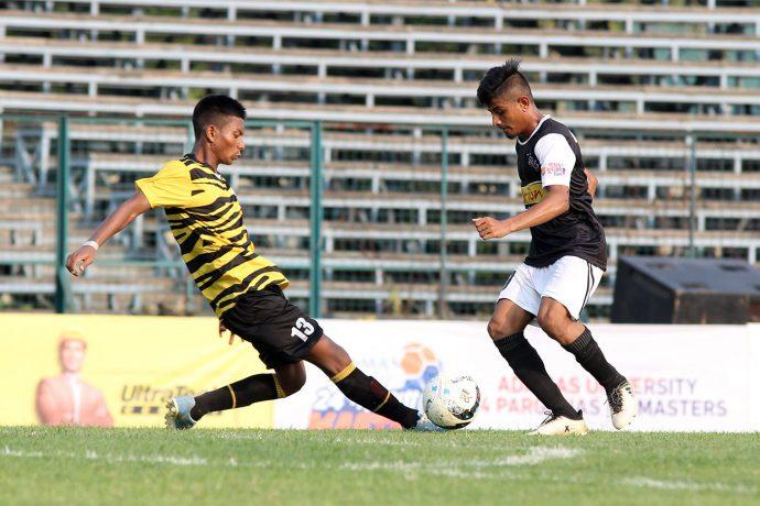 Zee Bangala Football League match action between Mohammedan Sporting Club U-19 and Darling Dinajpur South U-19. (Photo courtesy: Mohammedan Sporting Club)