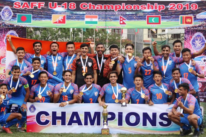 India U-18 MNT players and officials celebrating their maiden SAFF U-18 Championship title. (Photo courtesy: AIFF Media)