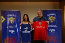 AGS Entertainment's Aishwarya Kalpathi and Chennaiyin FC head coach John Gregory. (Photo courtesy: Chennaiyin FC)