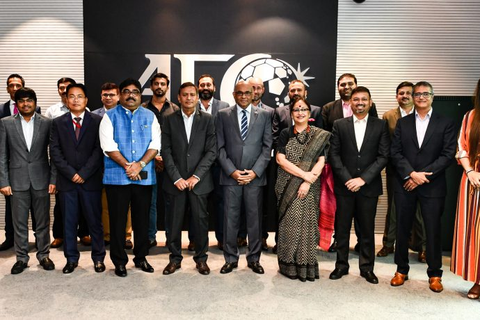 AFC General Secretary Dato' Windsor John, AIFF General Secretary Kushal Das and representatives of Indian Super League and I-League club after their meeting at the AFC Headquarters in Kuala Lumpur, Malaysia. (Photo courtesy: The Asian Football Confederation)