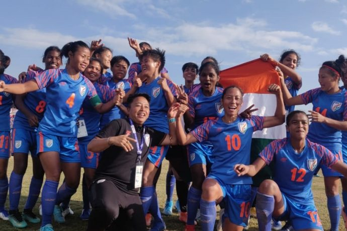 The India Women's national team celebrating their 2019 South Asian Games title. (Photo courtesy: AIFF Media)