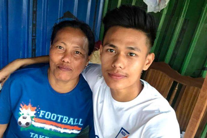 India U-19 international Ninthoinganba Meetei with his mother. (Photo courtesy: AIFF Media)