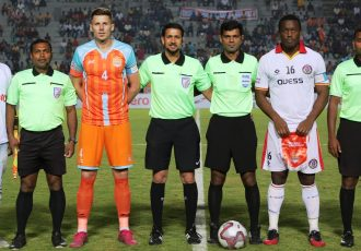 Rowan Arumughan and his team before an I-League match. (Photo courtesy: AIFF Media)