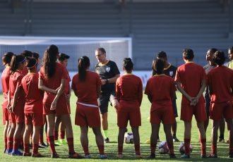 India U-17 Women's national team head coach Thomas Dennerby and his squad during a training session. (Photo courtesy: AIFF Media)