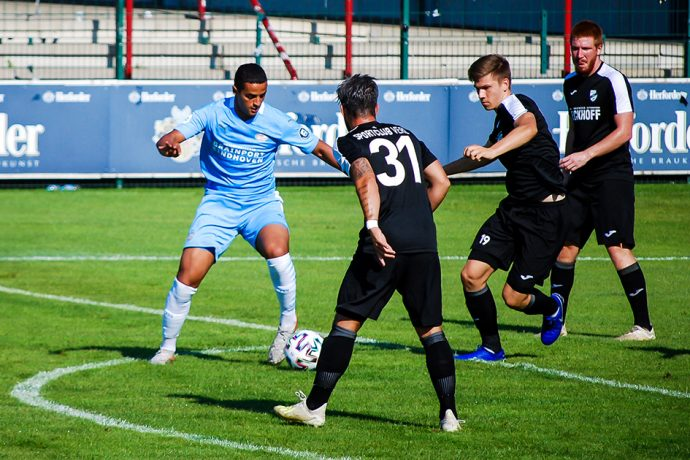 Pre-season friendly match between SC Verl and PSV Eindhoven at the SPORTCLUB Arena in Verl on August 8, 2020. (Photo © CPD Football)