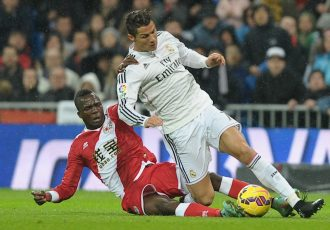 File picture of Mohammedan Sporting's new signing Mohammed Fatau in action against Cristiano Ronaldo. (Photo courtesy: Mohammedan Sporting Club)