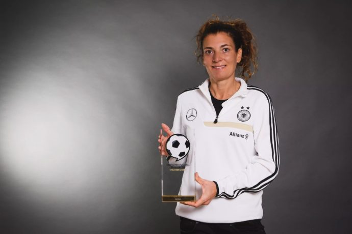German Football Ambassador 2020 award winner Anja Zivkovic. (© Deutscher Fußball Botschafter e.V.)